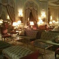 Foto tomada en El Palace Hotel Barcelona por Sara W. el 11/17/2011