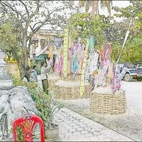 Photo taken at Wat Phan Waen by Pong C. on 4/15/2012