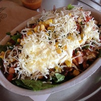 Photo taken at Chipotle Mexican Grill by Larry R. on 5/3/2012