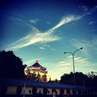 Photo taken at Chiang Kai-Shek Memorial Hall by Burgess on 9/2/2012