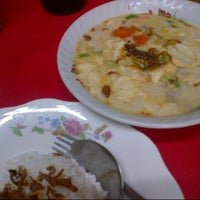 Photo taken at Soto Mamat MK by Hendryco C. on 8/6/2012