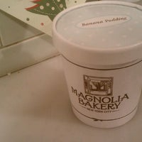 Photo taken at Magnolia Bakery by CHLOE on 12/21/2011