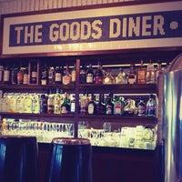 Foto tirada no(a) THE GOODS DINER • por Calvin Young L. em 5/19/2012