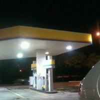 Foto diambil di Posto Morumbi oleh Fabiano P. pada 4/27/2012