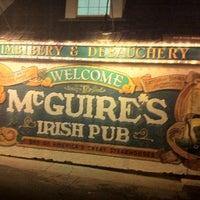 Das Foto wurde bei McGuire's Irish Pub von Alain R. am 4/10/2011 aufgenommen