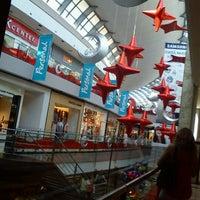 Foto tomada en Alto Palermo Shopping por Gise el 12/6/2011