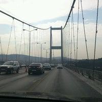 Photo taken at Boğaziçi Köprüsü Gişeleri by Fethi Ozlem K. on 3/28/2012
