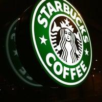 1/12/2011 tarihinde Can Y.ziyaretçi tarafından Starbucks'de çekilen fotoğraf