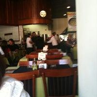 Photo taken at Restaurante Pizzaria e Chopperia Makey by Pablo F. on 7/17/2011