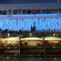 Foto tomada en La Gran Uruguaya Bakery por Omar B. el 9/3/2012