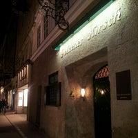 Das Foto wurde bei Hotel Goldener Hirsch von Riccardo G. am 3/13/2012 aufgenommen