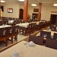 Foto tirada no(a) Coelho Café Colonial por Cleber C. em 10/14/2011