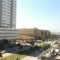 4/3/2012 tarihinde İpekziyaretçi tarafından İzmir Adalet Sarayı'de çekilen fotoğraf