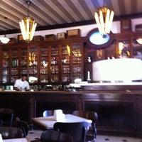 Foto tirada no(a) Bar Brasília por Mario F. em 9/1/2011