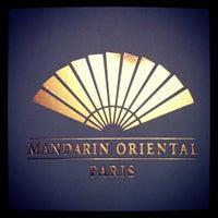 Photo prise au Mandarin Oriental Paris par Thomas L. le7/17/2012