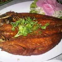 Photo taken at Meet & Eat by Pair M. on 1/26/2012
