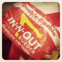 Photo taken at In-N-Out Burger by Jeff G. on 12/3/2011