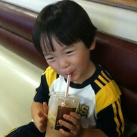 Photo taken at McDonald's by Nozomi L. on 8/17/2011
