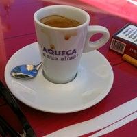 Photo taken at Jeronymo CoffeeShop by Pedro Teixeira on 7/14/2012