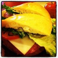 Foto tomada en Panera Bread por Antonio M. el 4/8/2012