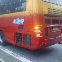 Photo taken at Halte TransJakarta Cawang Otista by Eshape B. on 11/15/2011