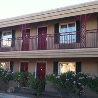 Photo taken at Comfort Inn Paradise/McCarran Internal by Vadivel Raj K. on 7/2/2011