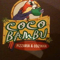 Photo taken at Coco Bambu Pizzaria & Cozinha by Bruno A. on 8/26/2011