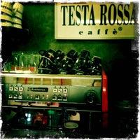 Das Foto wurde bei Testa Rossa Caffé von Testa Rossa Caffe M. am 1/24/2012 aufgenommen