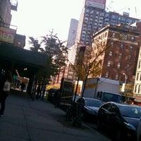 Das Foto wurde bei John Jay College of Criminal Justice von Nicolas P. am 11/11/2011 aufgenommen