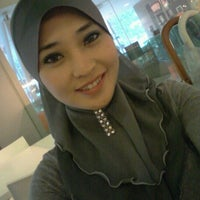 Photo taken at Apex Communications Sdn Bhd by Zeijazainie3103 on 4/19/2012
