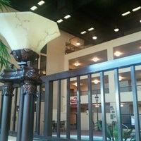 Photo taken at Holiday Inn Morgantown/Pa Turnpike Ex 298 by alan p. on 9/30/2011