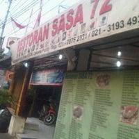 Photo taken at Restoran Sasa 72 by Ari Muharam M. on 9/3/2011