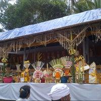 Photo taken at Bangsal ring Pura Desa Blahkiuh by Mirah T. on 7/17/2012