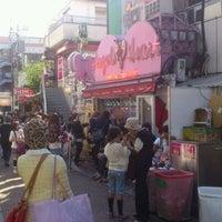 รูปภาพถ่ายที่ Angels Heart Harajuku Cafe Crepe โดย kin k. เมื่อ 10/3/2011
