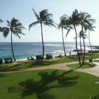 Foto tomada en Poipu Beach por Ej E. el 10/16/2011