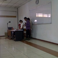 Photo taken at A 310 FISIP UNAIR by Agustian W. on 10/12/2011