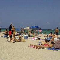 Foto scattata a Loews Miami Beach Hotel da Abraham C. il 7/27/2012