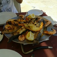 Foto tirada no(a) Restaurante Pedra Alta por Tiago R. em 8/29/2012