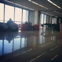 Foto tomada en Biblioteca Universidad Andrés Bello por Nicolás T. el 5/7/2012
