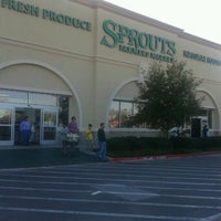 Photo taken at Sprouts Farmers Market by Jorge A. on 12/31/2011