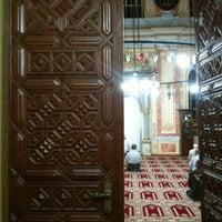 Foto diambil di Altunizade Camii oleh Zafer E. pada 10/5/2011