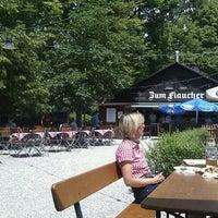 Das Foto wurde bei Zum Flaucher von Andreas L. am 6/24/2012 aufgenommen