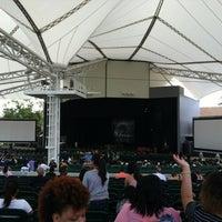 Foto tirada no(a) Cynthia Woods Mitchell Pavilion por Randy C. em 6/10/2012