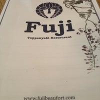 Photo taken at Fuji Teppanyaki Restaurant by Emma on 7/25/2012