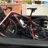 Photo taken at Whittier Cyclery by BIG GUZ™ on 4/10/2012