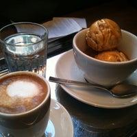 Photo taken at IKOVOX COFFEE by Daljoo K. on 2/1/2011