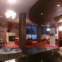 Photo taken at Radisson Hotel Duluth-Harborview by Mai N. on 10/24/2011