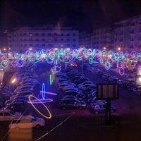 Photo taken at Piazza Carlo Bilotti (Ex Piazza Luigi Fera) by Walter C. on 12/24/2011