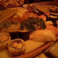 Foto tirada no(a) Restaurante Sushi Tokai por Iata A. em 11/4/2011