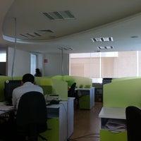 Photo taken at Logistica Alfin Oficinas Corporativas by David L. on 9/22/2011